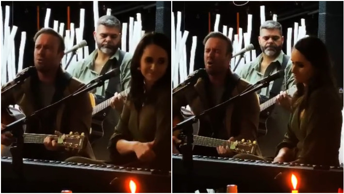 AB de Villiers performs on his father's 70th birthday; says,