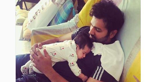 रोहित शर्मा न्यूजीलैंड के व्यस्त दौरे के बाद अपनी बेटी समाइरा के साथ ऐसे बिता रहे हैं समय