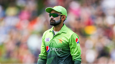 Pakistan all-rounder Mohammad Hafeez denies retirement rumours