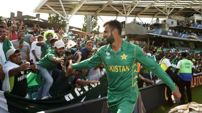 शोएब मलिक पाकिस्तान के लिए 2020 विश्व T20 तक चाहते हैं खेलना