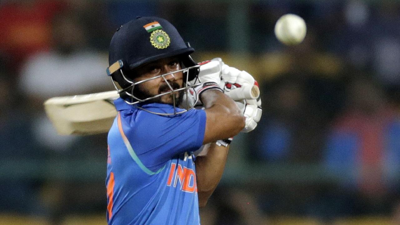 Kedar Jadhav might replace Rishabh Pant | AP