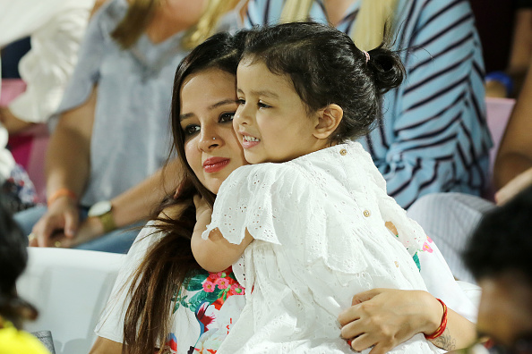 Ziva with her mother Sakshi | Getty Images
