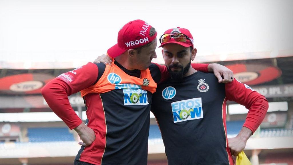 Virat Kohli's fast friend AB de Villiers welcomes him into the 30s