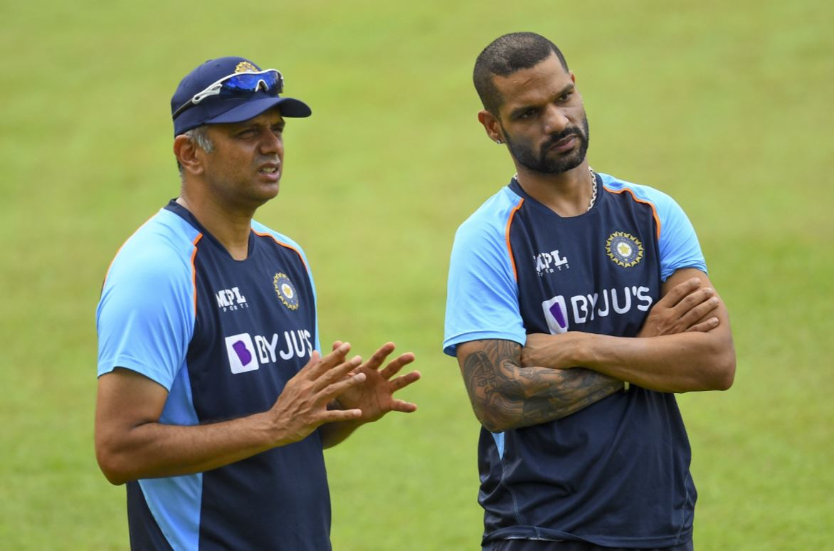 Head coach Rahul Dravid (L) with skipper Shikhar Dhawan (R)   Twitter