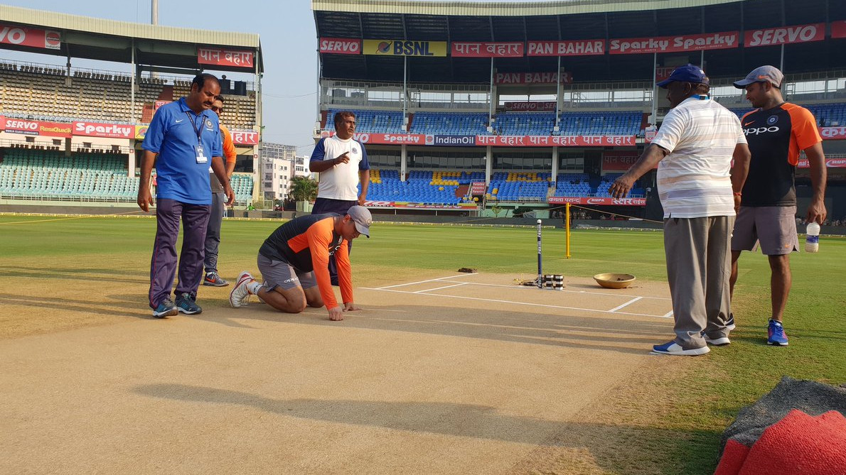 IND v WI 2018: MS Dhoni 'The King' inspects pitch before second ODI at Vizag
