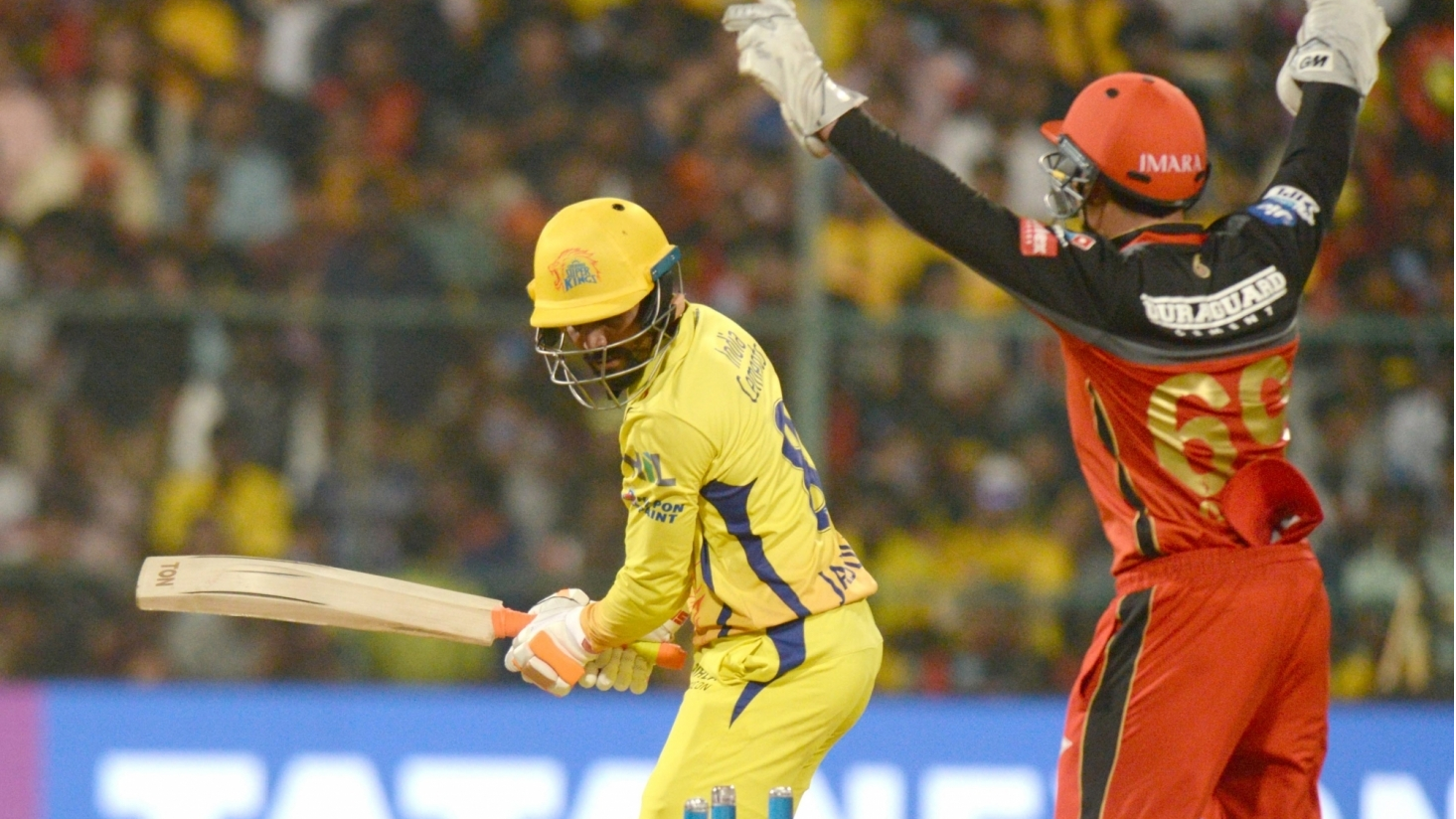 IPL 2018 : रविन्द्र जडेजा को अपने ख़राब प्रदर्शन के लिए ट्विटर पर आलोचनाओं का करना पड़ा सामना