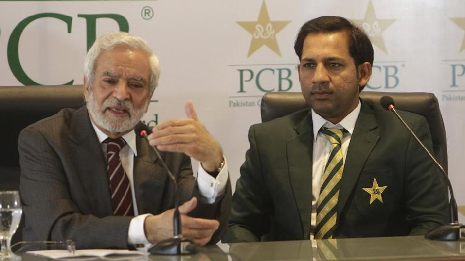 PCB Chairman Ehsan Mani wants Sarfaraz Ahmed​ to leave Test captaincy, as per reports