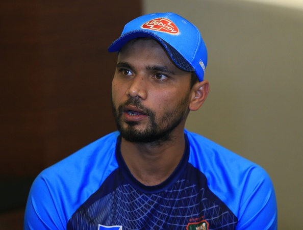 Mashrafe Mortaza addressing the media on the eve of the Asia Cup 2018 final | Getty