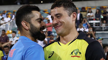 AUS v IND 2018-19: Virat Kohli's picture with Marcus Stoinis in Brisbane begins caption contest on Twitter