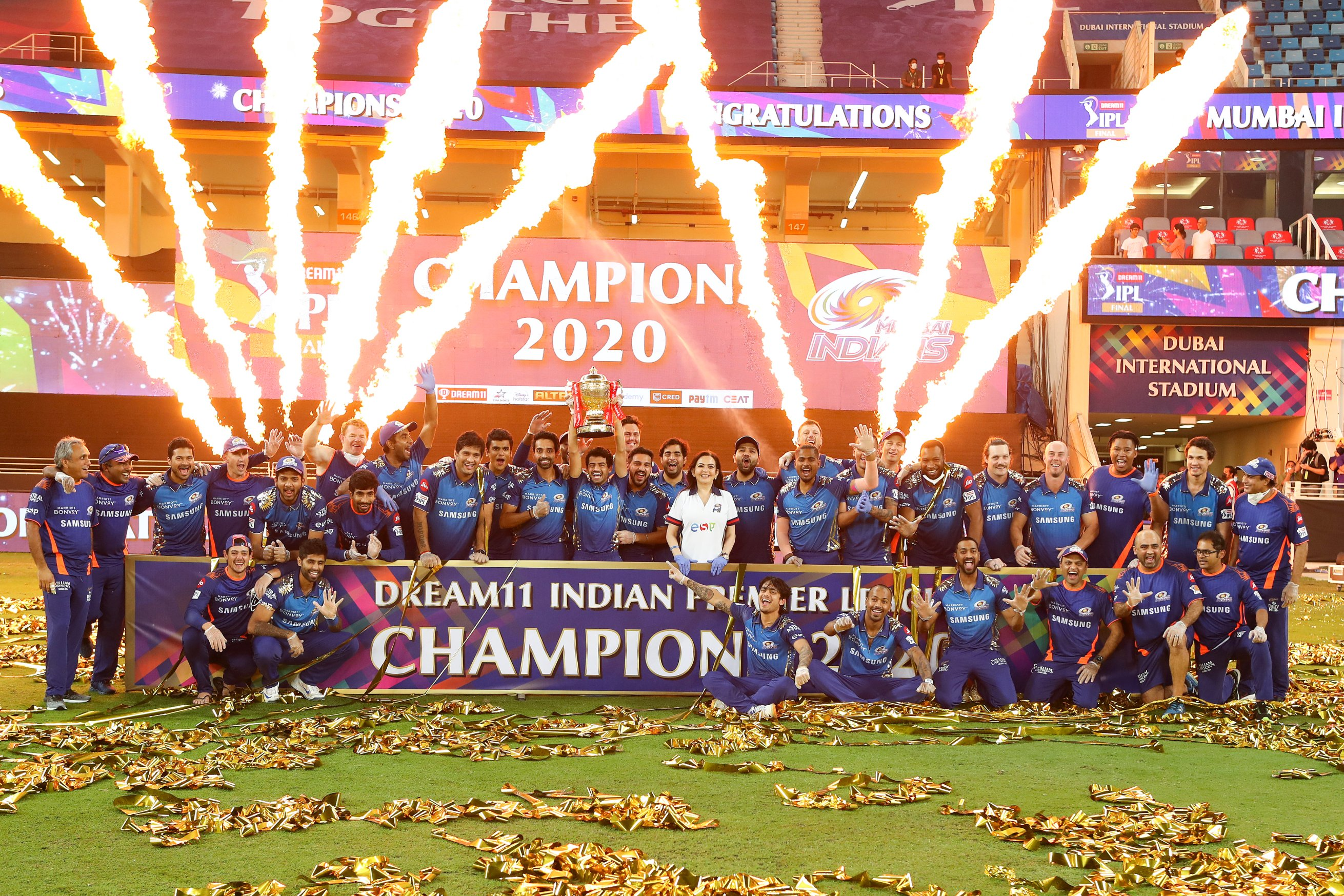 The defending champions retained the IPL trophy   Twitter/Mumbai Indians