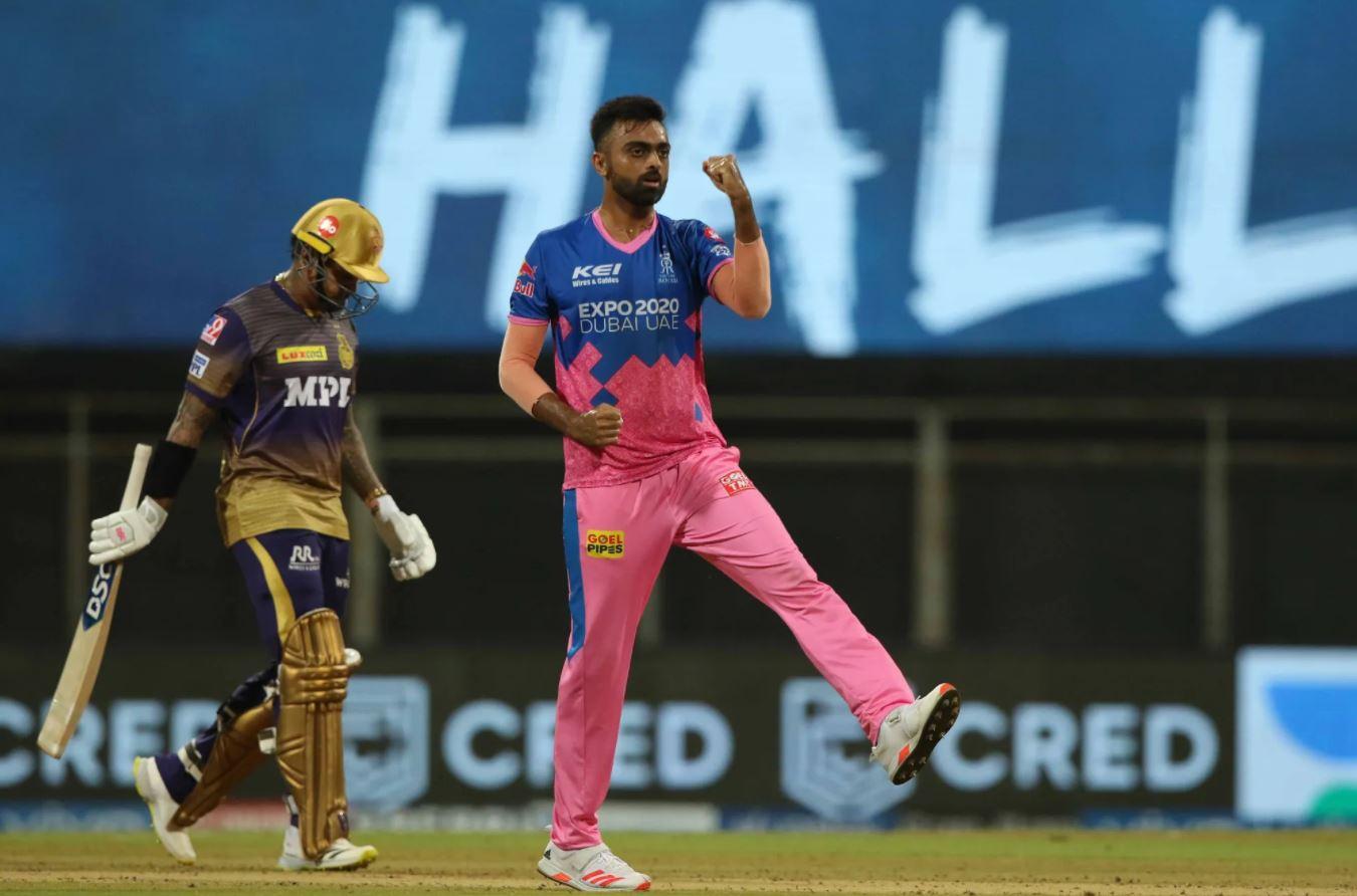 Jaydev Unadkat celebrates the fall of Sunil Narine | BCCI/IPL