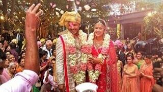 इंग्लैंड दौरे से पहले ये बल्लेबाज़ बना दूल्हा, के एल राहुल भी बाराती बन पहुंचे शादी में