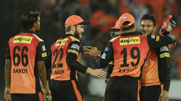 शाकिब अल हसन के अनुसार बल्लेबाजों को कलाई वाले स्पिनरों को खेलने में हो रही है मुश्किल