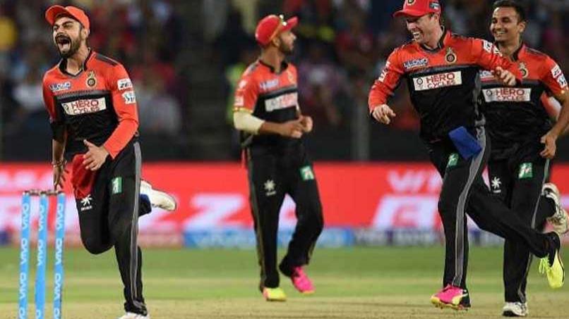 IPL 2018 : विराट कोहली के नेतृत्व वाली रॉयल चैलेंजर्स बैंगलोर के खिलाड़ियों ने स्वीकार किया बॉलीवुड अभिनेत्री जैकलीन फर्नांडिस के चैलेंज को