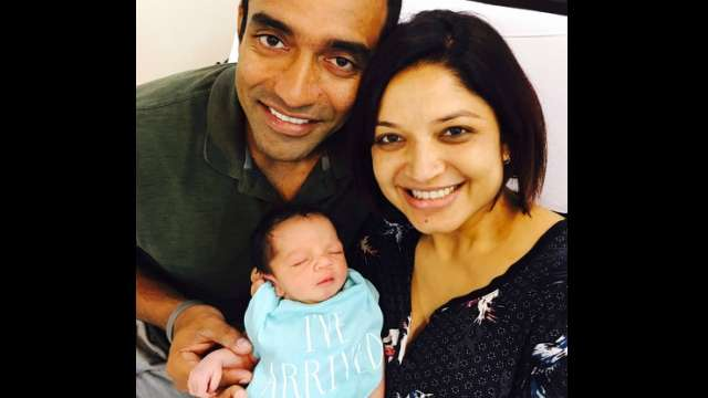 Robin Uthappa with his son Neil and wife Sheetal | Instagram
