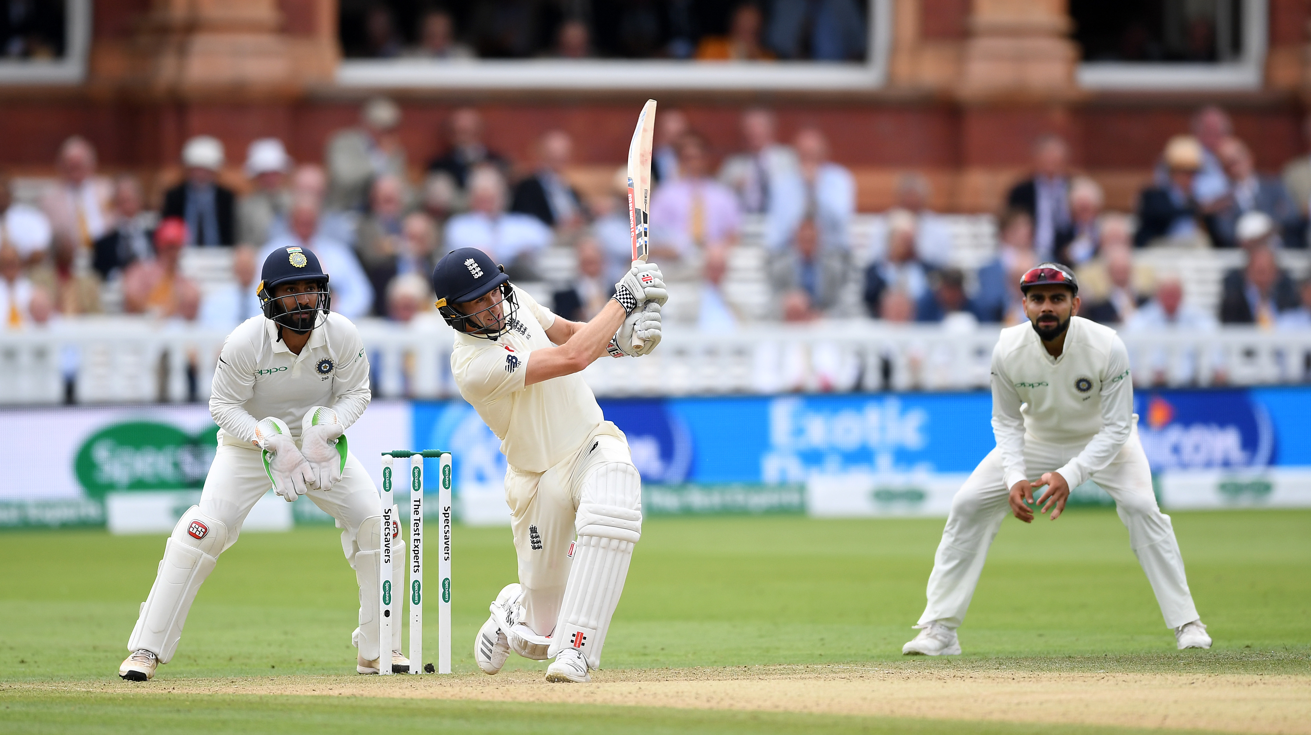 Woakes en route tp his first Test ton. (Getty)