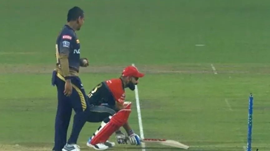 IPL 2019: KKR v RCB - Watch – Virat Kohli funnily foils Narine's attempt to Mankad him