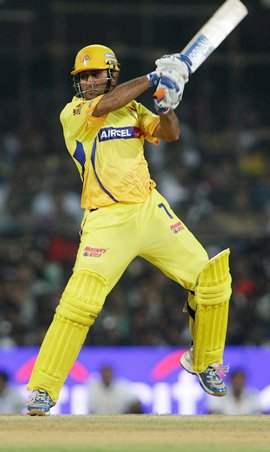 MS Dhoni destroyed MI bowling attack to take CSK into the finals of IPL 2012