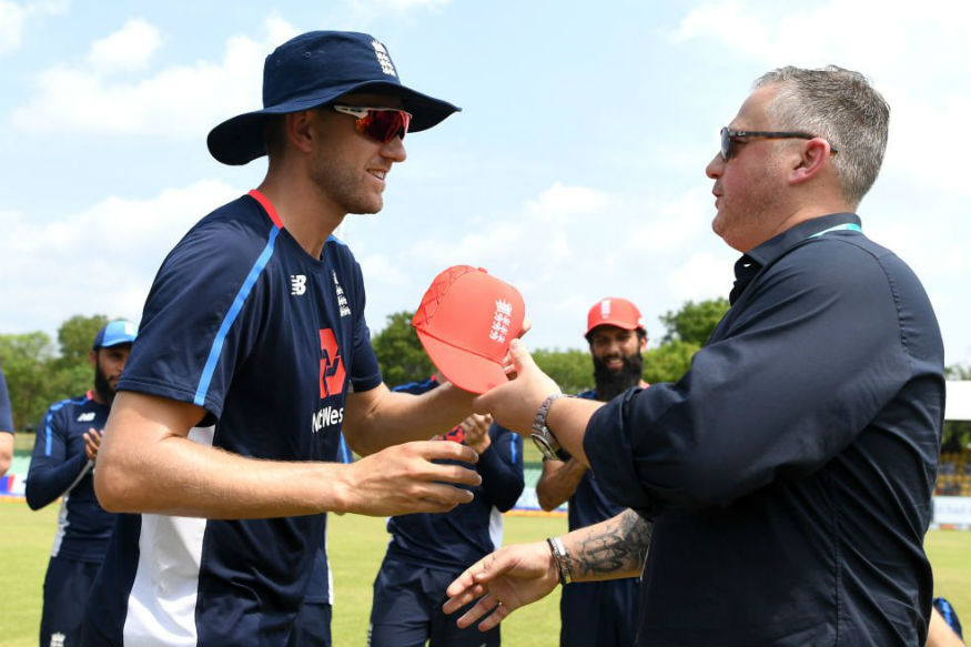 Olly Stone receives his first ODI cap from Darren Gough | Twitter
