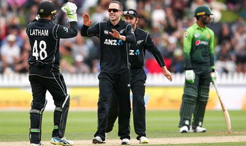 New Zealand players celebrates their Nelson ODI win over Pakistan | Getty Images