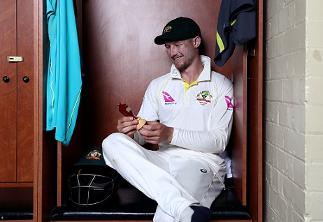 Cameron Bancroft with Ashes Urn | Getty Images