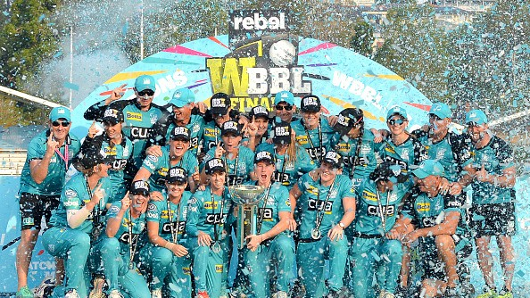WBBL 2019: Brisbane Heat dominate Adelaide Strikers in final to claim back to back titles