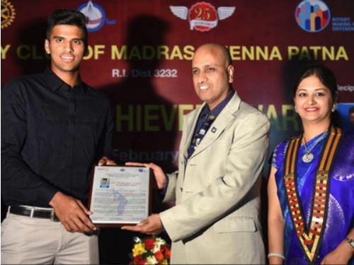 Washington Sundar awarded with Young Achiever Award