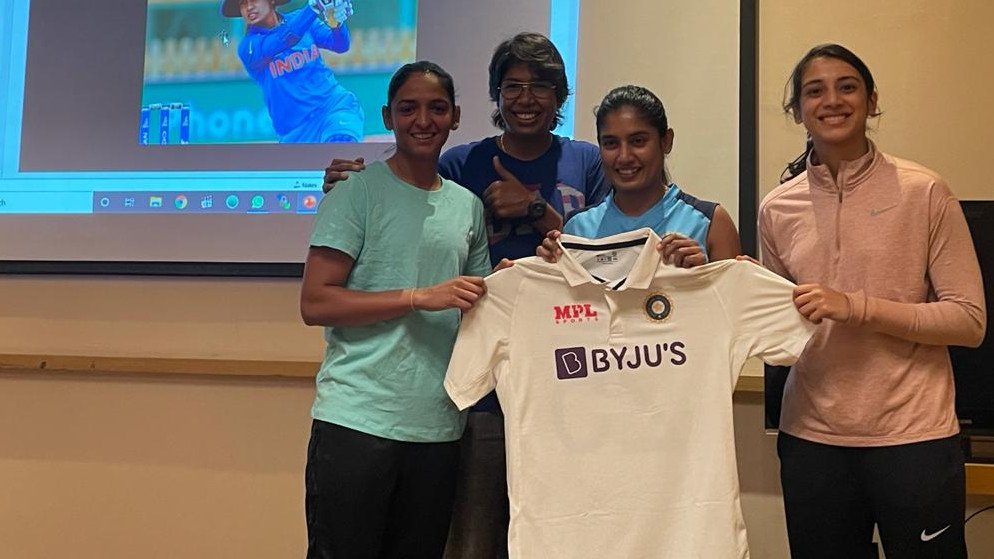 PICS- Mithali Raj and Jhulan Goswami present new Test jerseys to India women's team members