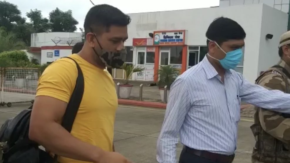 IPL 2020: MS Dhoni on his way to Chennai for the CSK camp; Suresh Raina shares photo