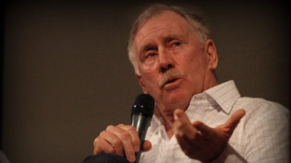 England's batting issues should give India hope, thinks Ian Chappell