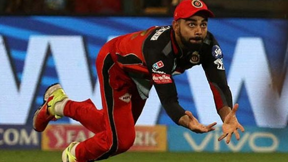 IPL 2018: Watch – Virat Kohli grabs a stunner to get rid of Hardik Pandya