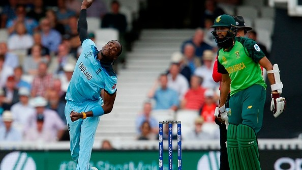 Jofra Archer left clueless after a dejected fan blamed him for Hashim Amla's retirement
