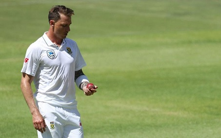 Dale Steyn suffered a bruised left heel during second Day of the Cape Town Test | Getty Images