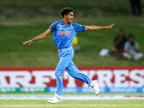Kamlesh Nagarkoti wants to follow the footsteps of Bhuvneshwar Kumar and Mohammed Shami