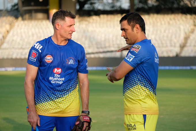 Mike Hussey in conversation with MS Dhoni   Chennai Super Kings Twitter