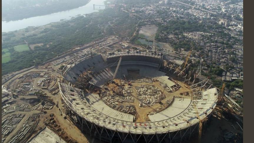 देखिये - भारत में यहाँ बनाया जा रहा हैं दुनिया का सबसे बड़ा क्रिकेट स्टेडियम