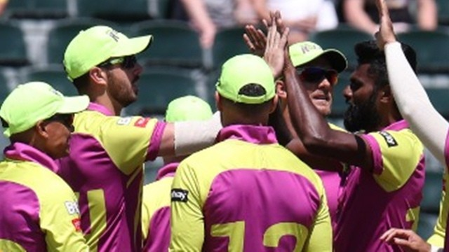 MSL 2019: Ferisco Adams' 3/36 helps Paarl Rocks to a 12-run win over Bay Giants