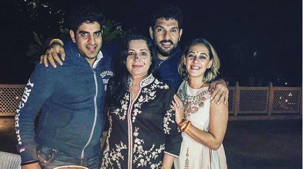 युवराज सिंह ने अपने परिवार के साथ शाम को और भी विशेष बनाने के लिए पत्नी हैज़ल कीच की तारीफ की