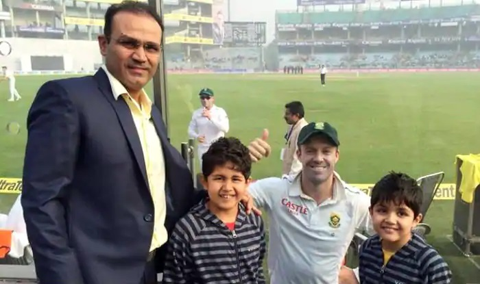 Sehwag and his sons with AB de Villiers