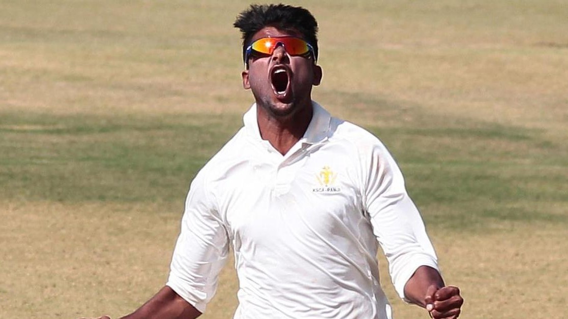 Ranji Trophy 2019-20: WATCH - Krishnappa Gowtham takes the final wicket in the last over to win the game for Karnataka