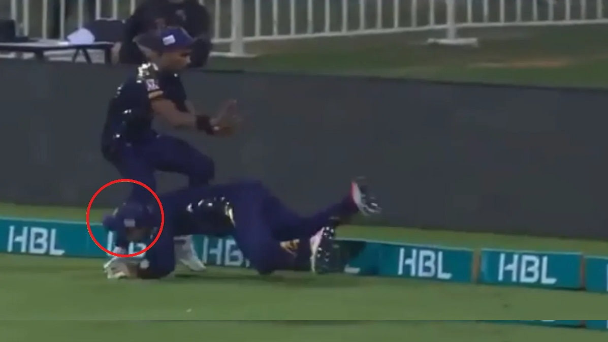 PSL 2021: WATCH – Faf du Plessis suffers a nasty on-field collision, taken to hospital for tests