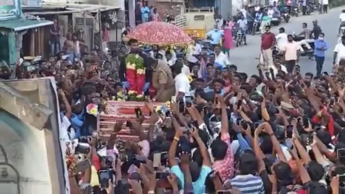 AUS v IND 2020-21: WATCH - T Natarajan receives grand welcome in native village near Salem