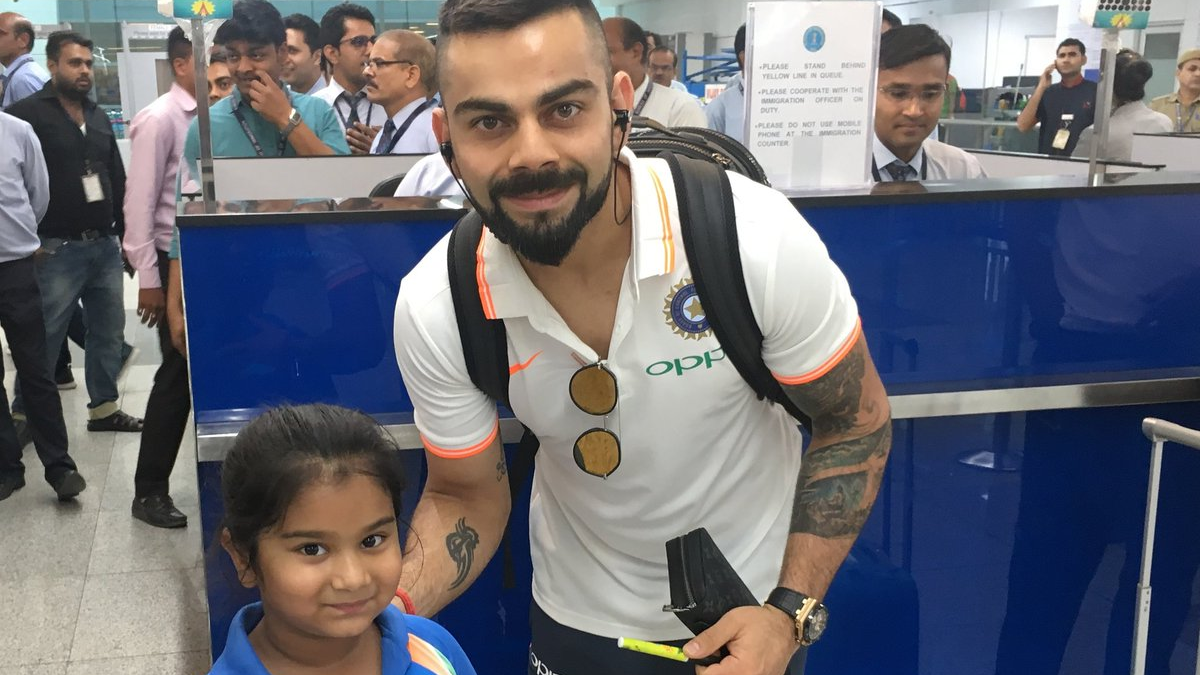 ENG v IND 2018: Virat Kohli's kind gesture put smile on a little girl's face
