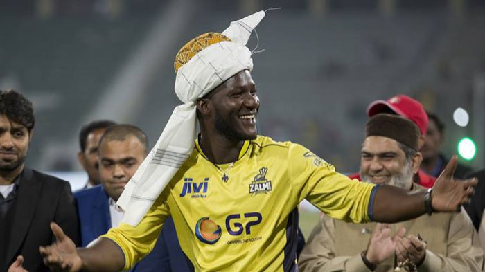 Darren Sammy pokes fun at Tom Moody after Peshawar secured a place in PSL play-offs