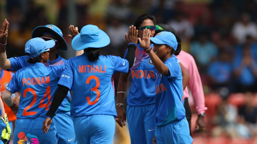 India Women thrashed arch-rivals Pakistan to book their spot in Women's Asia Cup final