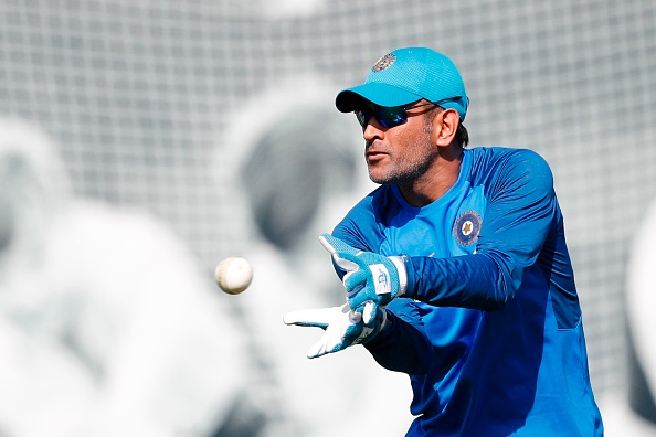 MS Dhoni completed his 300 catches | Getty