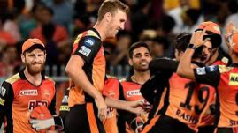 Twitter praises a professional Sunrisers' win, questions KKR's misuse of batting arsenal
