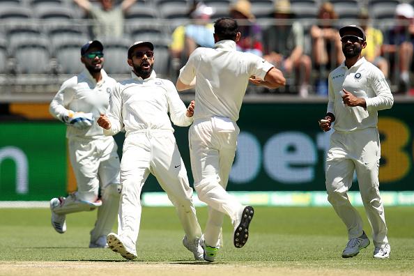 Virat Kohli and team celebrates the dismissal of Usman | Getty Images