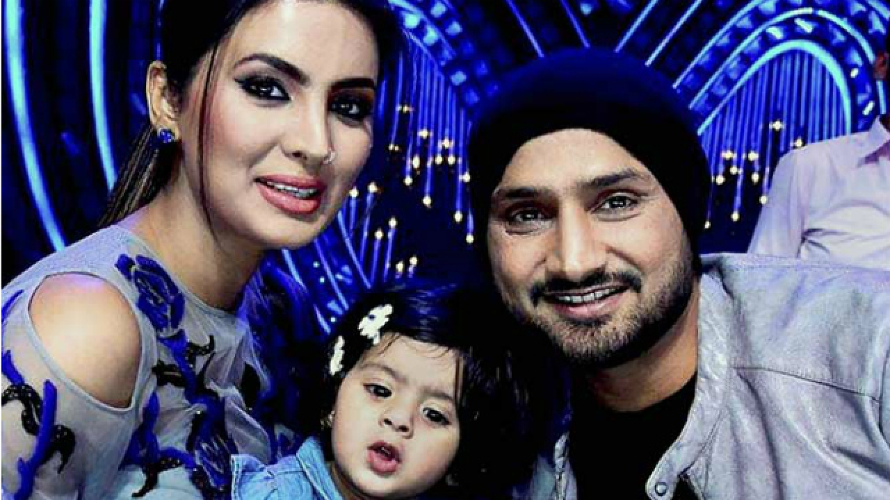 WATCH: Harbhajan Singh playing with his daughter Hinaya Heer