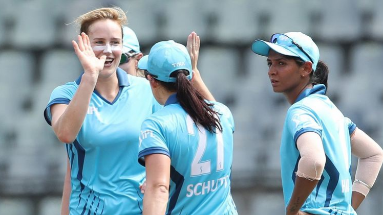 IPL 2018: Women's T20 Challenge- Ellyse Perry takes Supernovas to an exciting 3 wickets win over Trailblazers